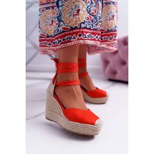 Dámske šnurovacie sandále v oranžovej farbe