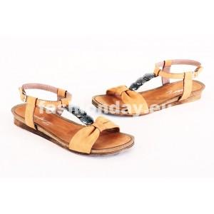 Dámske kožené sandále pieskové DT077