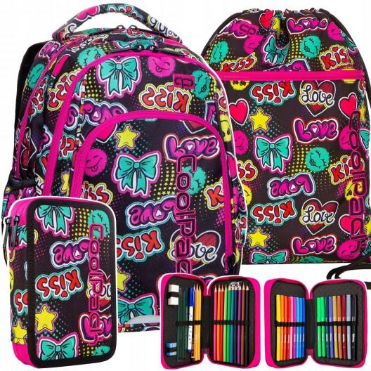 Kvalitní školský batoch pre dievčatá s motívom emogi a kiss