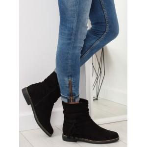 Dámske členkové topánky v čiernej farbe