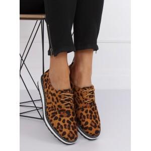 Moderné dámske poltopánky s leopardím motívom