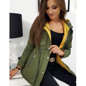 Ľahko zateplená dámska prechodná bunda zelenej farby
