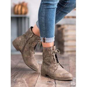 Dámske kotníkové topánky v modernom prevedení