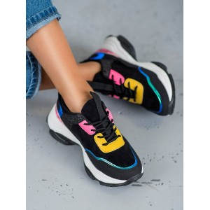 Čierne dámske tenisky s farebnými aplikáciami