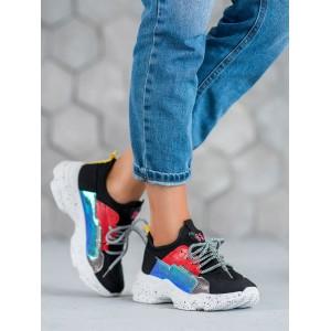 Športová obuv na platforme v čiernej farbe