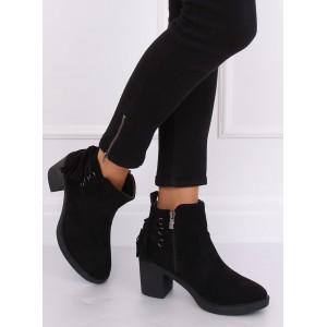 Dámske čierne členkové topánky na opätku s ozdobnými šnúrkami
