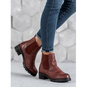 Štýlové dámske červené kotníkové topánky na hrubej podrážke