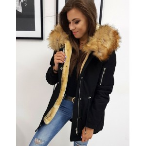 Trendy dámska čierna bunda na zimu s kapucňou a hnedou kožušinou