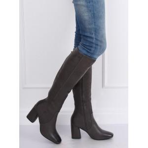Elegantné dámske sivé čižmy na vysokom opätku s gumou v obvode sáry