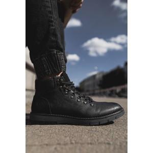 Pánske štýlové topánky v čiernej farbe