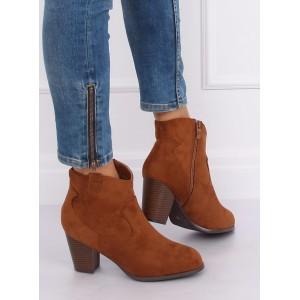 Hnedé semišové členkové topánky s praktickým zipsom