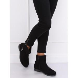 Semišové členkové topánky čiernej farby s jemnou ozdobou