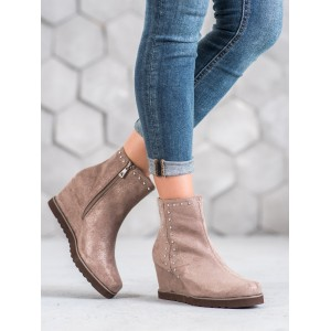 Originálne púdrovo ružové dámske členkové topánky na platforme