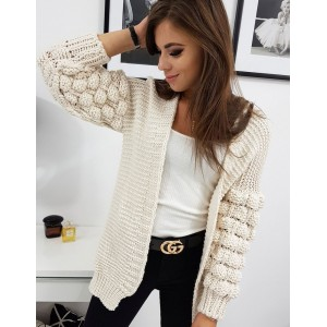 Štýlový dámsky bežový sveter s nariasenými guličkovými rukávmi
