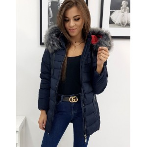 Prešívaná tmavo modrá dámska bunda s kapucňou a kožušinou