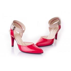 Červené dámske sandále vhodné na nosenie k spoločenským udalostiam