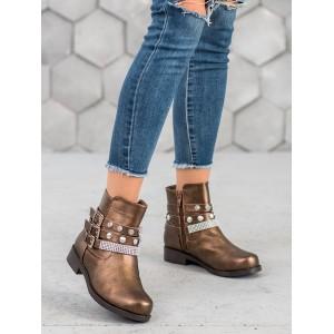 Hnedé dámske členkové topánky s ozdobnými prackami