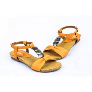 Dámske oranžové sandále s elegantnými prvkami