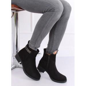Dámske topánky s aplikáciou v čiernej farbe