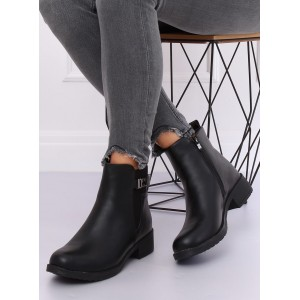 Dámske štýlové kotníkové topánky v čiernej farbe
