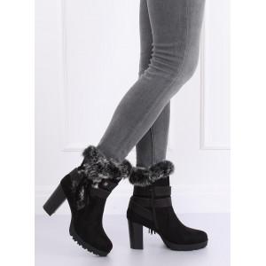 Čierne dámske zimné topánky na vysokom podpätku s kožušinou
