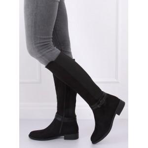 Jemne zateplené dámske čižmy v čiernej farbe
