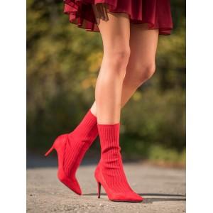 Dámske ponožkové topánky v červenej farbe