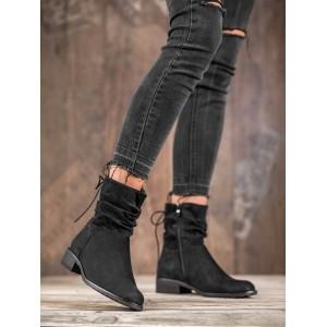 Semišové dámske čižmy v čiernej farbe na zips