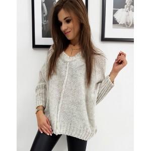 Dámsky teplý sveter v béžovej farbe