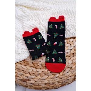 Čierne ponožky s vianočným stromčekom