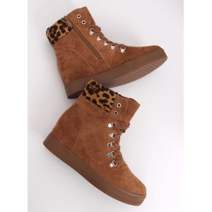Zimné dámske topánky s tigrovaným motívom
