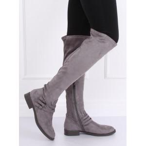 Moderné dámske čižmy v sivej farbe na nízkom podpätku