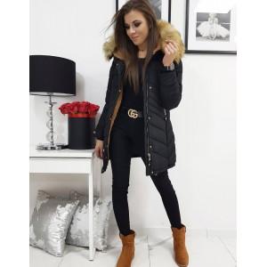 Dámska prešívaná zimná bunda v čiernej farbe s kapucňou
