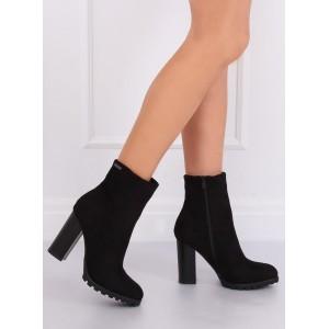 Semišové dámske topánky na zimu v čiernej farbe