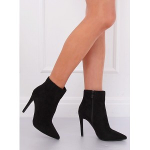 Moderné dámske kotníkové topánky v čiernej farbe