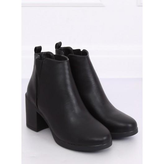Pánske kožené topánky na vysokom podpätku v čiernej farbe