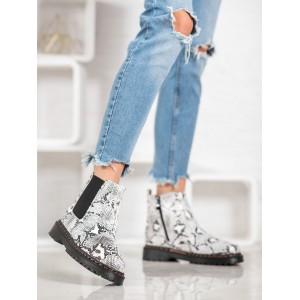 Kotníkové dámske topánky s motívom hadej kože