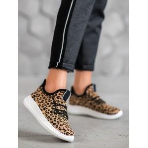 Trendová dámska športová obuv s leopardím motívom