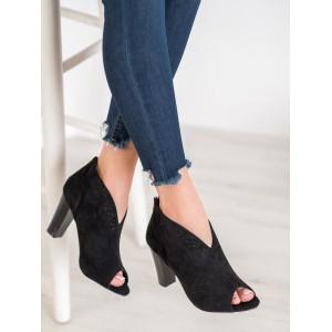 Dámska letná členková obuv na vysokom podpätku