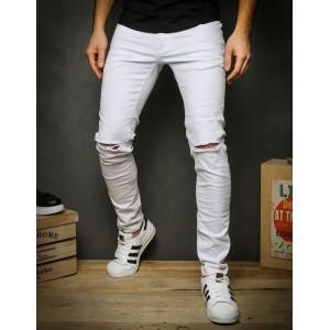 Štýlové roztrhané pánske džínsy bielej farby