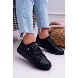 Moderné dámske tenisky v čiernej farbe na šnúrovanie