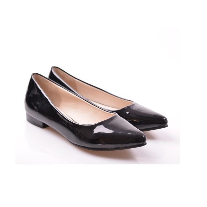 Elegantné čierne lesklé dámske balerínky - fashionday.eu 1e0b04d76dc