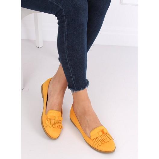 Krásne jarné dámske semišové mokasíny v žltej farbe