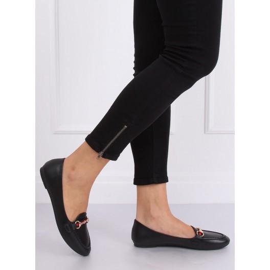 Elegantné dámske čierne mokasíny s ozdobnou sponou