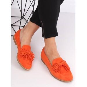 Krásne jarné oranžové mokasíny s trendy strapcami