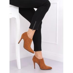 Elegantné dámske hnedé kotníkové topánky na opätku