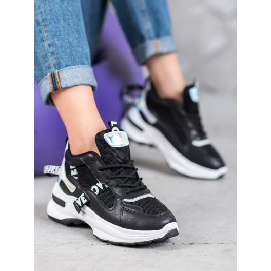 Čierne dámske trendové tenisky na bielej platforme