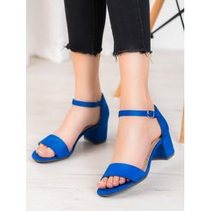 Dámske sandále v modrej farbe na leto
