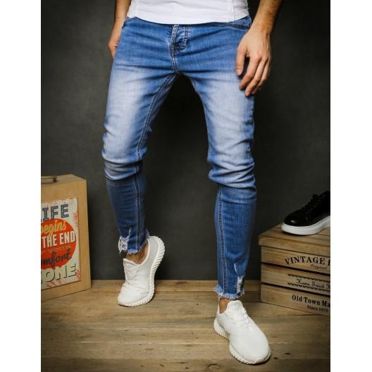 Modré pánske džínsy s rozstrapkanými koncami