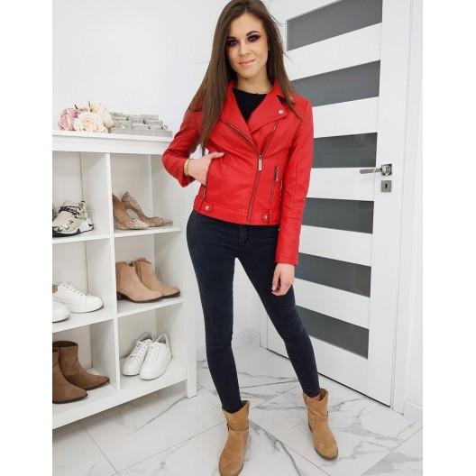Štýlová kožená bunda červenej farby so zapínaním na zips